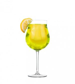 Cocktail op wit wordt geïsoleerd