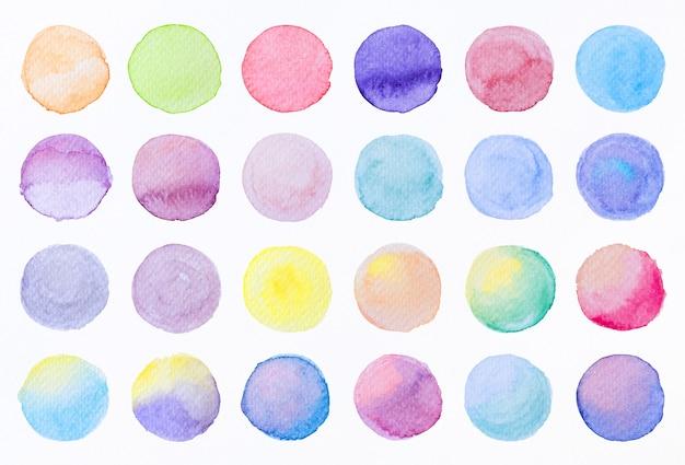 Collectie label tag-elementen set aquarel penseelstreken cirkelvorm van een hand getrokken