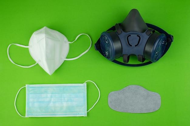 Collectie medische n95 maskerhandschoen