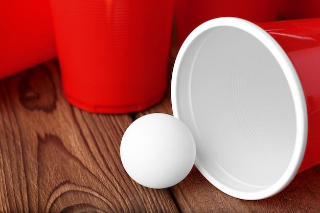 College feest sport - bier pong
