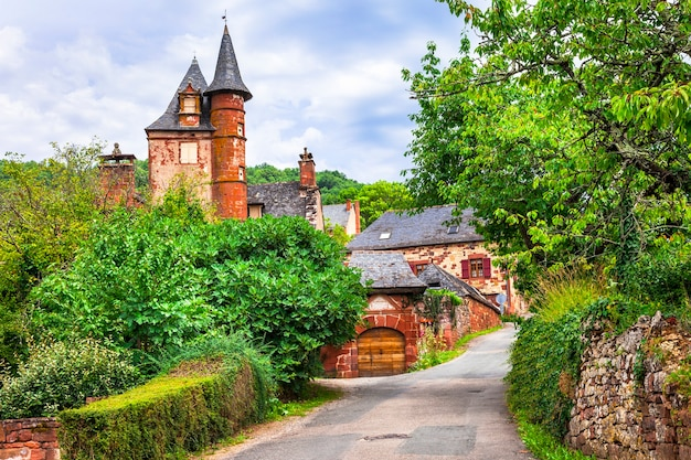 Collonges-la-rouge - mooi traditioneel dorp in frankrijk