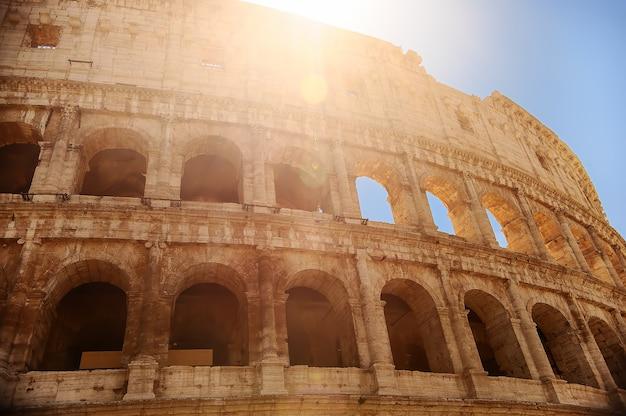Colosseum (coliseum) in rome, italië.