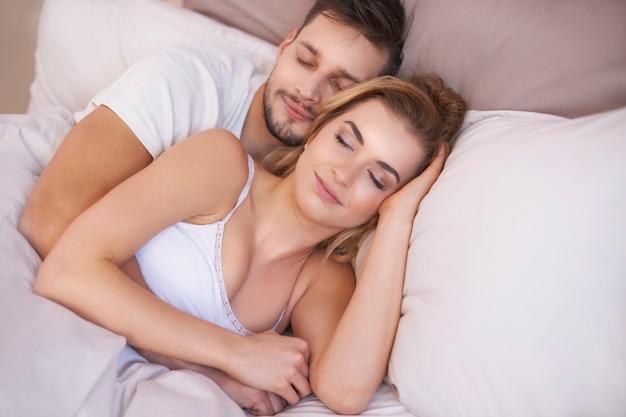 Comfortabel dutje met mijn geliefde