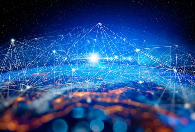 Communicatietechnologie voor internetzaken. wereldwijd wereldnetwerk en telecommunicatie op aarde cryptocurrency en blockchain en iot. elementen van deze afbeelding geleverd door nasa