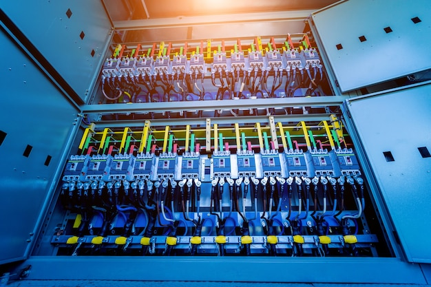 Compartiment van elektrische apparatuur in een compleet transformatorstation