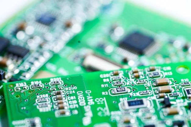 Computer circuit cpu chip moederbord kernprocessor elektronica apparaat.