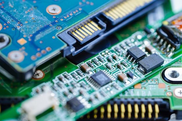 Computercircuit cpu moederbord elektronica-apparaat: concept van hardware en technologie.