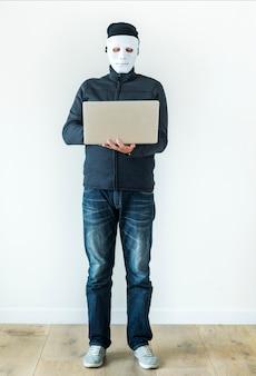 Computerhakker en cybercriminaliteit