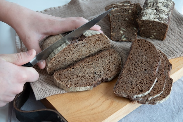 Concept eigengemaakt brood, natuurlijke landbouwproducten, binnenlandse productie.