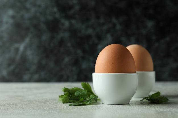 Concept lekker ontbijt met gekookte eieren
