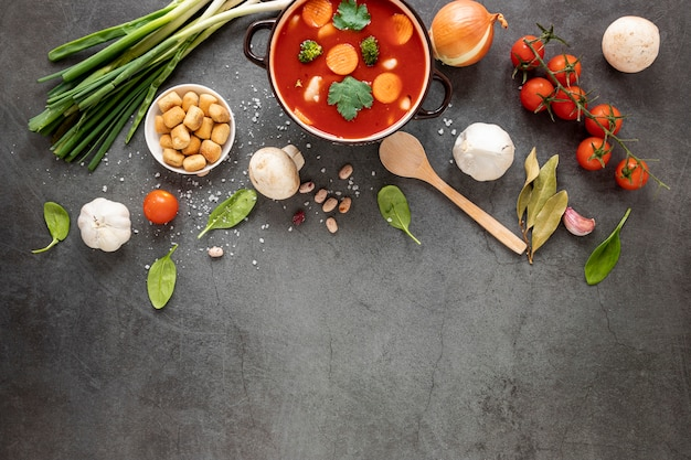 Concept tomatensoep eten
