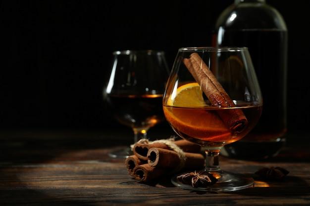 Concept van harde alcoholische dranken met cognac