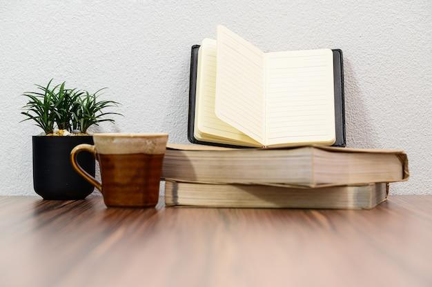 Concept van het lezen van liefdeboek