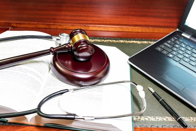 Concept van wetshandhaving in de geneeskunde