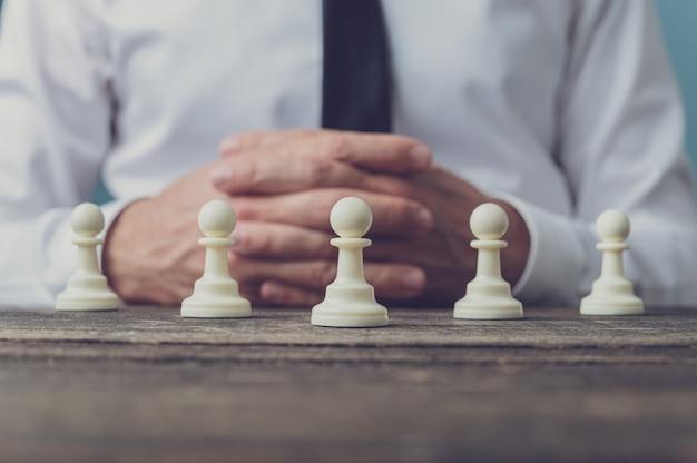 Conceptueel beeld van werkgelegenheid en leiderschap