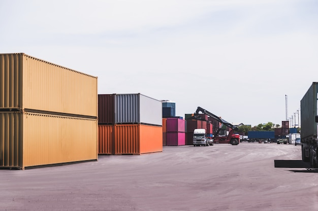 Container lading