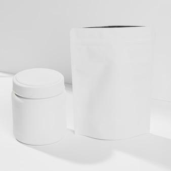 Container met gym supplementen