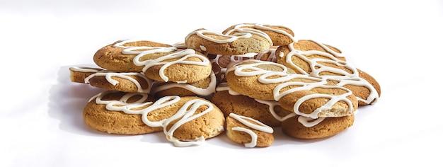 Cookies witte achtergrond, bannerafbeelding met kopie ruimte