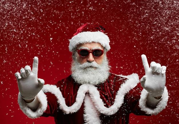 Cool santa op rood