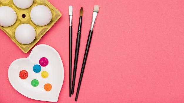 Copy-space tools voor het schilderen van eieren