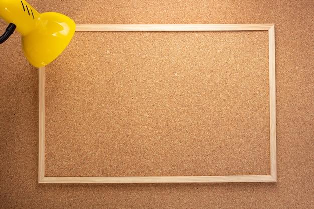 Corkboard op kurk achtergrondstructuur