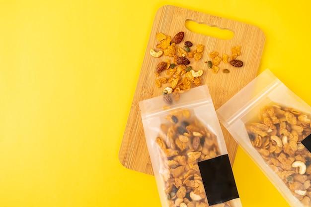 Cornflakes met granen (cashewnoot, amandel, pompoenpitten en zonnebloempitten), gezond meergranenvoer