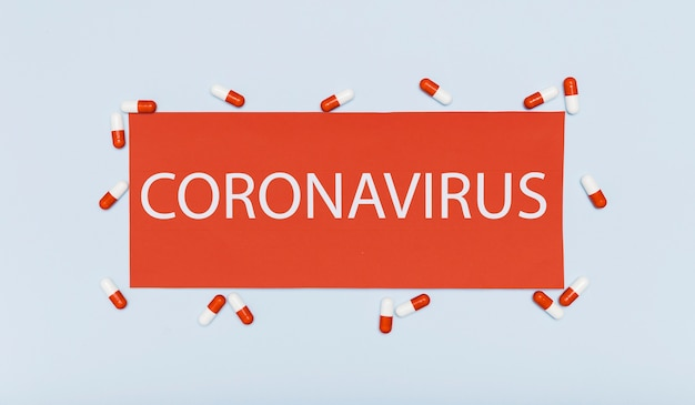 Coronavirus concept met capsules