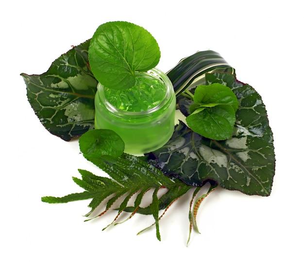 Cosmetica crème in de groene pot