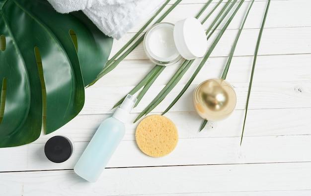 Cosmetica huidverzorging spa-behandelingen houten achtergrond