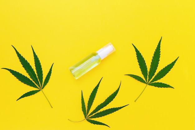 Cosmetica op basis van cannabis, potje met crème of gel voor lichaam