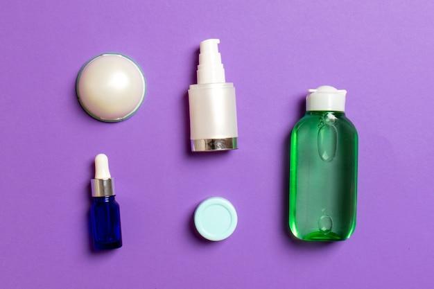 Cosmetics spa branding mockup, bovenaanzicht met kopie ruimte