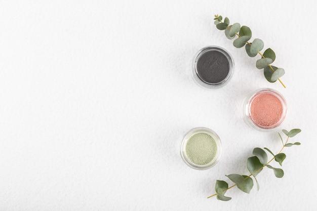 Cosmetisch kleipoeder voor huid en haar