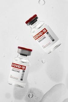 Covid-19 glazen injectieflacons met vaccin