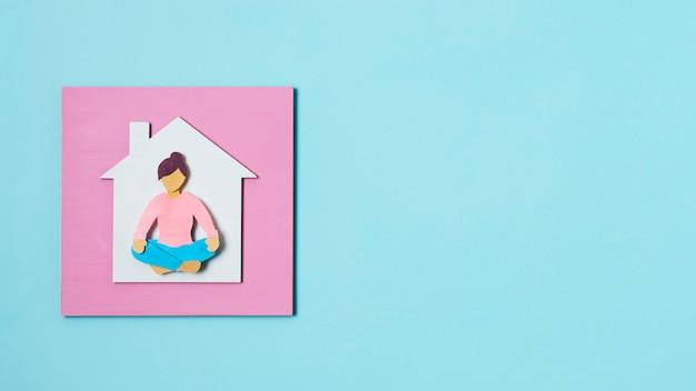 Covid-concept met vrouwenvorm boven weergave
