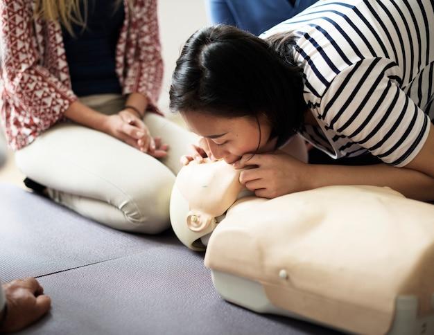 Cpr eerste hulp training klasse