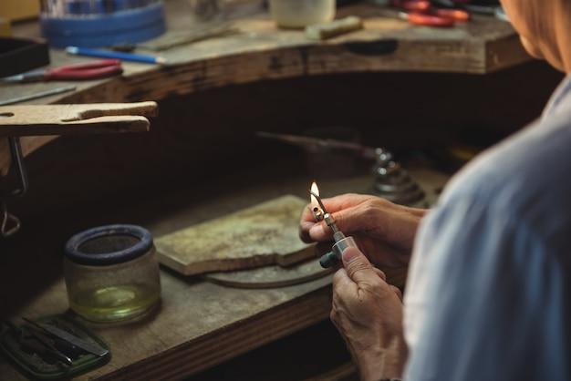 Craftswoman verlichting fakkel