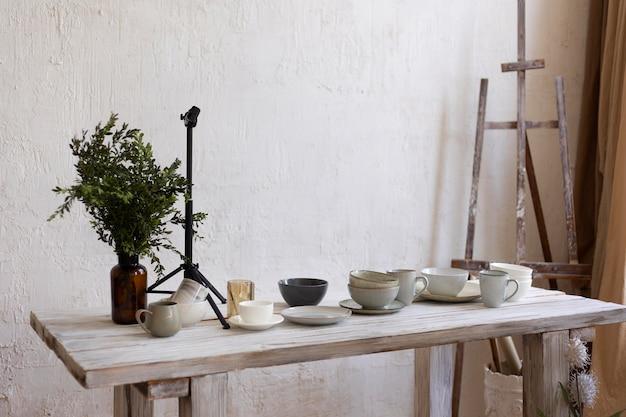 Creatief arrangement voor fotografie van keukengerei