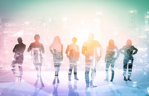 Creatief beeld van veel conferentiegroepvergaderingen van zakenmensen