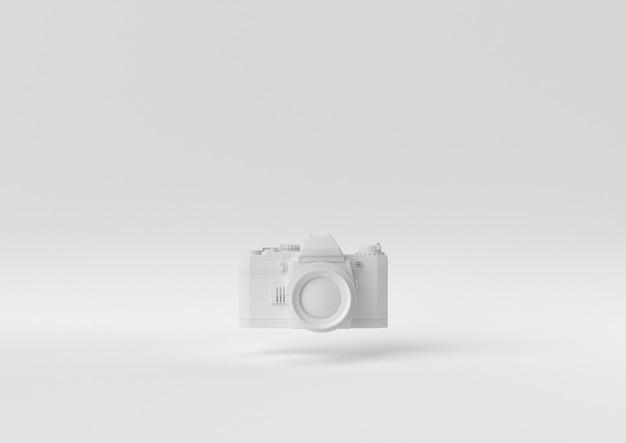 Creatief minimaal papieridee. concepten witte camera met witte achtergrond. 3d render, 3d illustratie.