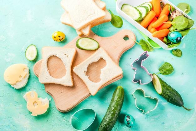 Creatieve kinderontbijtlunchbox voor pasen