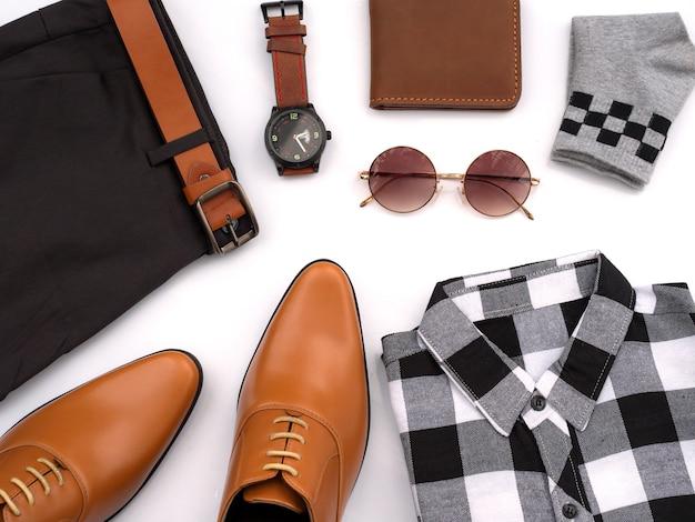 Creatieve mode voor mannen casual kleding ingesteld op wit. bovenaanzicht