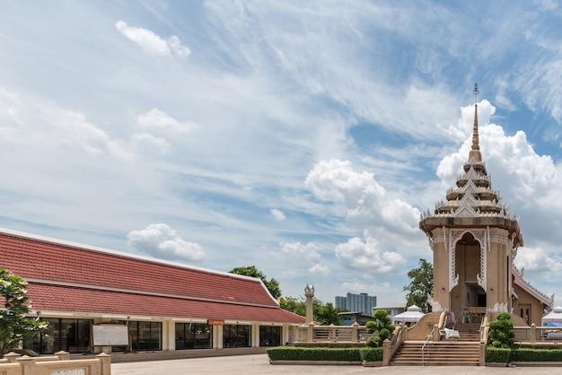 Crematorium in de srisuksarang rangsri-tempel (watchol)