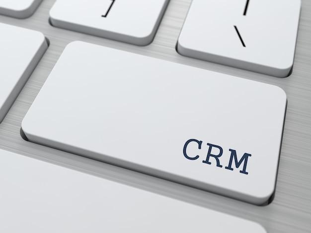 Crm-tekstknop op moderne computertoetsenbord