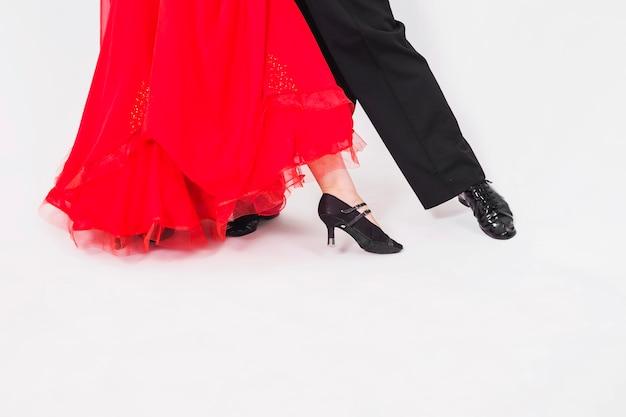 Crop paar dansende stijldans