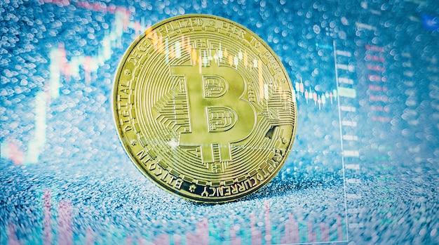 Cryptogeld. bitcoin-voorraadgroei. grafiek toont een sterke stijging van de prijs van bitcoin.