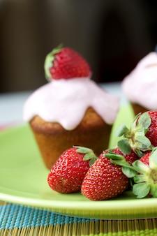 Cupcakes en aardbeien