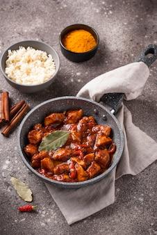 Curry kip tikka masala met rijst