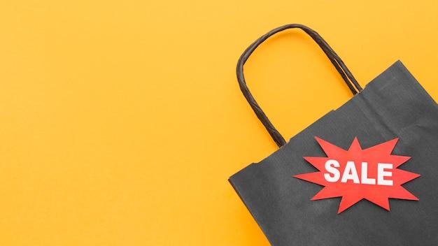Cyber maandag verkoop concept boodschappentas