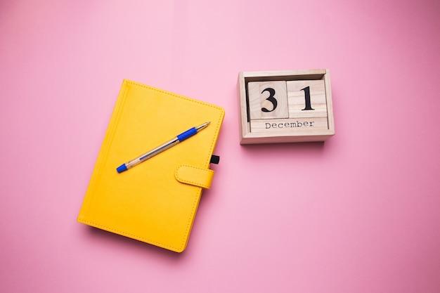 Dagboek van gele kleur