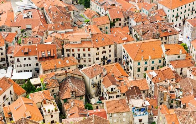 Daken van de oude stad
